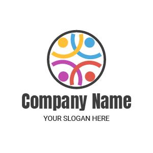 Logo agence de communication : logo coloré jaune, bleu, violet et rouge.