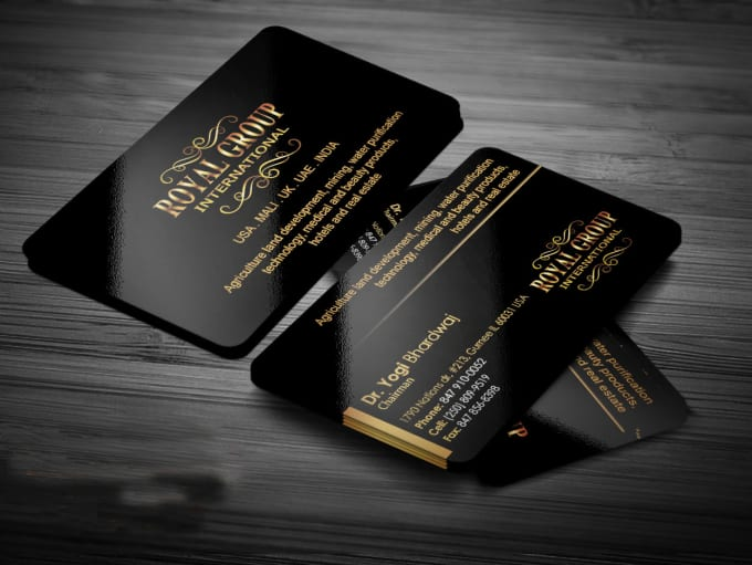 black-and-gold-gloss-plastic-business-cards