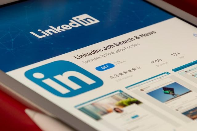 LinkedIn, un réseau social professionnel, basé sur le BtoB.